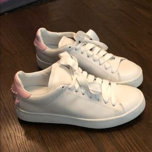 Coach Leather Lo Top Sneaker